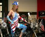 Miss America bei Mikels American Garage